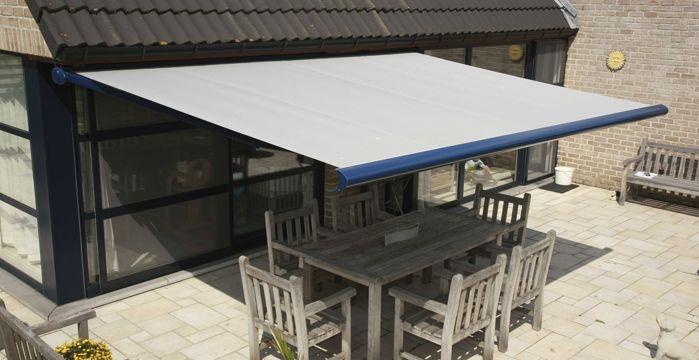 Azurenov - Produits - Protection solaire - Store banne 2